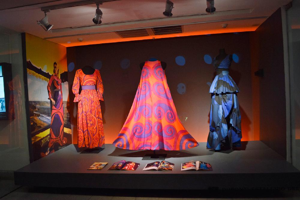 Alejandro Stuven: El artista de las telas y del color