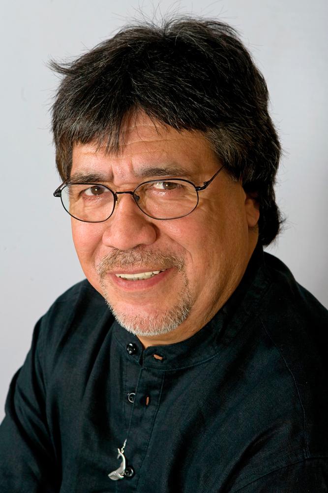Luis Sepúlveda: El escritor, el mar y su tribu