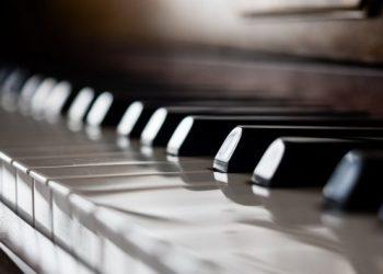 macro-piano-music-600x395