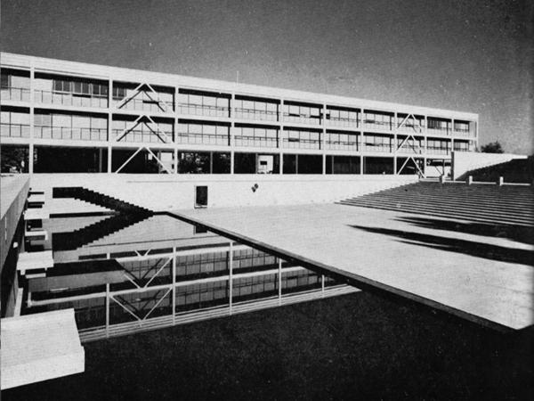 81_Arquitectura_EmilioDuhart_UConcepcionQuimica